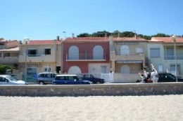 Flat in Leucate plage for   4 •   view on sea   #3051