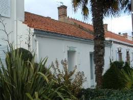 House in La tranche sur mer for   6 •   with terrace   #3678