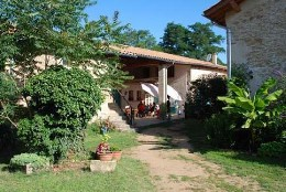 Bed and Breakfast Marsaz Proche De St. Donat - 14 personen - Vakantiewoning  no 4015