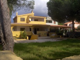 Maison à Solanas pour  12 •   9 chambres