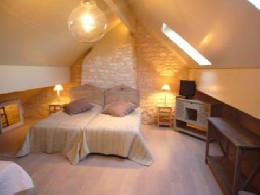 Huis Saint Cyr - 6 personen - Vakantiewoning  no 4363