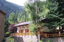 Casa de montaña en Arinsal para  10 •   5 dormitorios