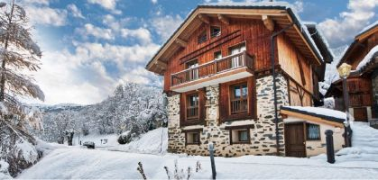Chalet in Meribel for   12 •   with balcony   #5216