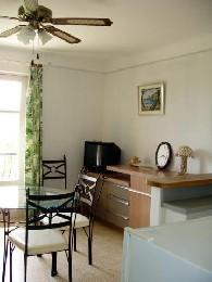 Appartement Valensole - 4 personen - Vakantiewoning  no 6491