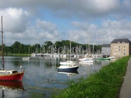 Bed and Breakfast in Dinan voor  4 •   2 sterren