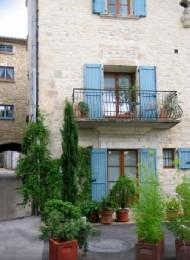 Gite 4 personnes Barjac - location vacances  n°6817