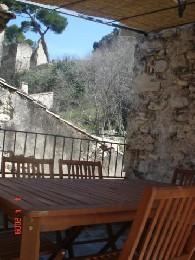 Gite 6 personnes Boulbon - location vacances  n°6882