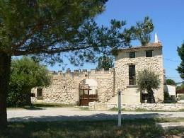 Gite Pernes Les Fontaines - 6 personnes - location vacances  n°7204