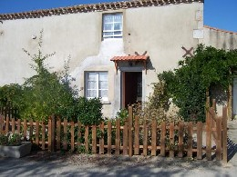 Gite Avrille (le Noyer) - 5 people - holiday home  #7633