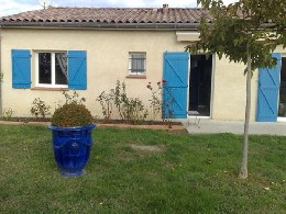 Maison à Bessens pour  7 •   avec terrasse