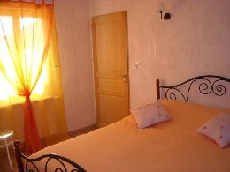 Bed and Breakfast Giffaumont-champaubert - 4 personen - Vakantiewoning  no 8450