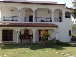 Maison à Hua hin pour  6 •   3 chambres   n°8495