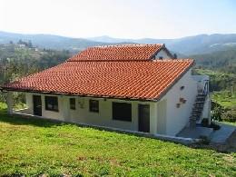 Gite Vinhó - 4 personnes - location vacances  n°864