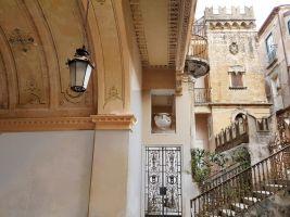 Huis in Tropea - studio celine inside 'palazzo' braghò 1721 voor  5 •   parkeeruimte   no 8866