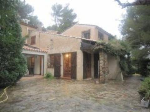 House in Carqueiranne - Vacation, holiday rental ad # 22042 Picture #1