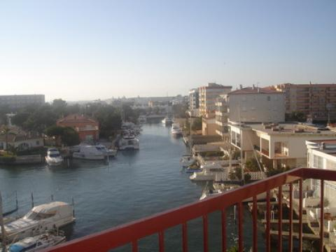 Flat in Roses - Vacation, holiday rental ad # 22205 Picture #1