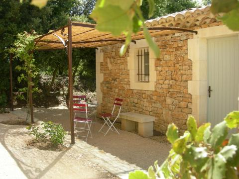 House in Gordes - Vacation, holiday rental ad # 22208 Picture #3