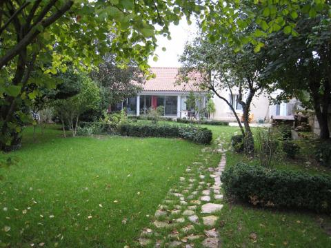 Gite in Cenon sur Vienne - Vacation, holiday rental ad # 22329 Picture #0