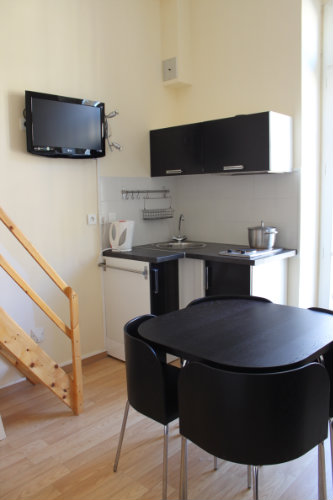 studio nice louer pour 3 personnes location n 22801. Black Bedroom Furniture Sets. Home Design Ideas