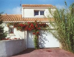 Gite 5 people La Rochelle - holiday home  #22009