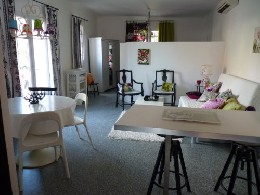 Studio in Le castellet for   4 •   animals accepted (dog, pet...)   #22818