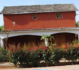 Maison à N gaparou pour  7 •   avec terrasse