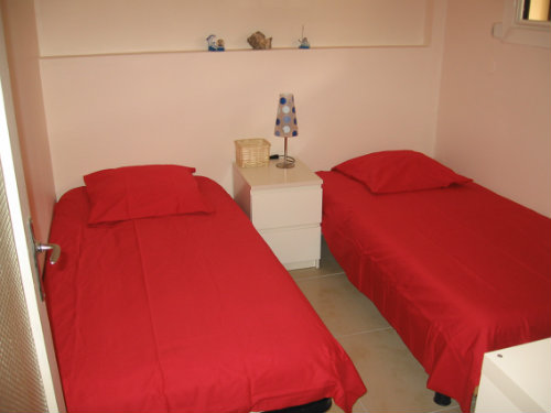 Flat in Six fours - Vacation, holiday rental ad # 23043 Picture #3