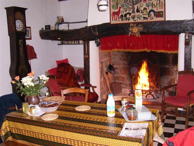 Maison à Marcillac la croisille pour  4 •   avec terrasse