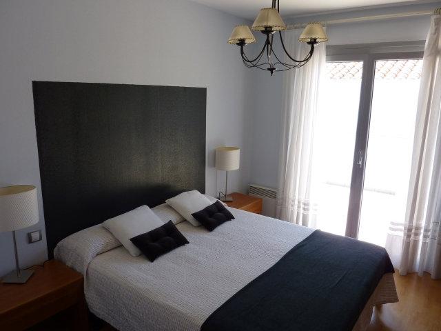appartement hendaye louer pour 6 personnes location n 23627. Black Bedroom Furniture Sets. Home Design Ideas
