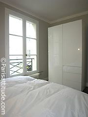 Flat in Paris - Vacation, holiday rental ad # 23762 Picture #4