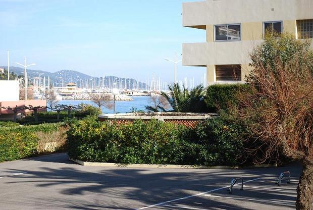 Appartement Le Lavandou - 4 personnes - location vacances  n°23774