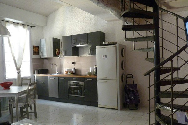 Flat in Hyères - Vacation, holiday rental ad # 23900 Picture #3