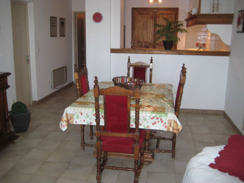 Carpentras -    2 bedrooms