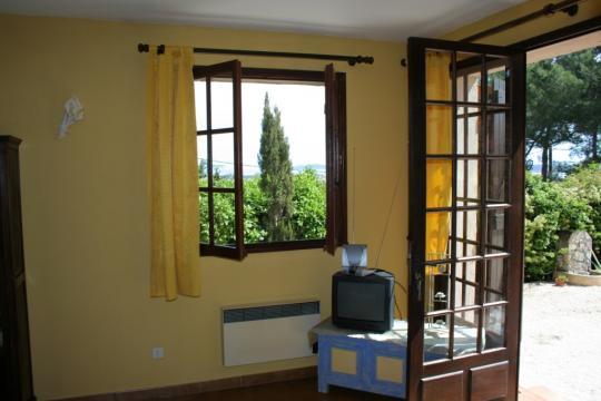 appartement hy res louer pour 4 personnes location n 23942. Black Bedroom Furniture Sets. Home Design Ideas