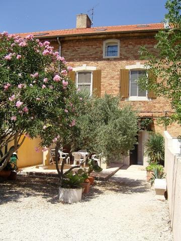 Maison Arles    - location vacances  n°24011