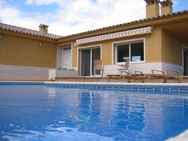 Huis Calonge - 12 personen - Vakantiewoning  no 24087