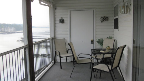 House in Lake ozark for   6 •   view on lake   #24237