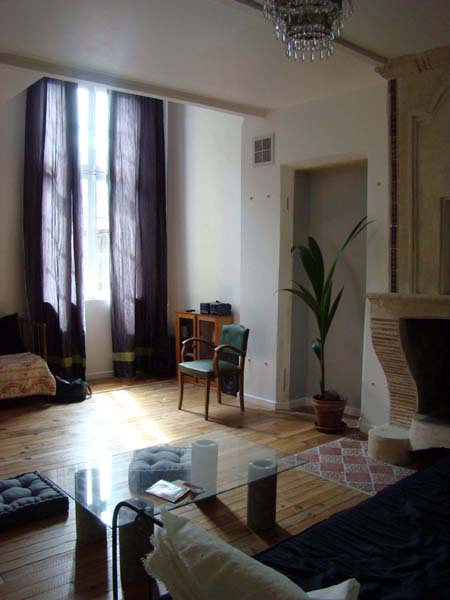 gite bordeaux amb s 33810 louer pour 5 personnes location n 24484. Black Bedroom Furniture Sets. Home Design Ideas