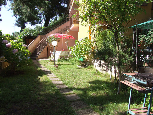 House in Viterbo - Vacation, holiday rental ad # 24621 Picture #2