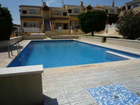 Appartement Villamartin - 6 personen - Vakantiewoning  no 25113