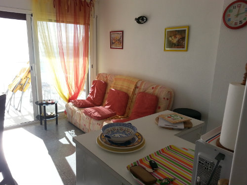 Flat in Rosas - Vacation, holiday rental ad # 25137 Picture #2
