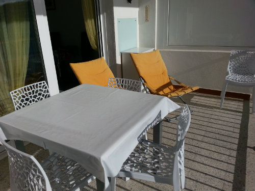 Flat in Rosas - Vacation, holiday rental ad # 25137 Picture #9