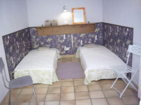 Nice -    1 bedroom