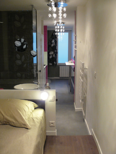 Studio in Paris - Vacation, holiday rental ad # 25807 Picture #2