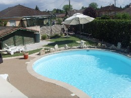 House in Bourg en bresse for   8 •   with private pool