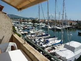 Port grimaud -    uitzicht op zee