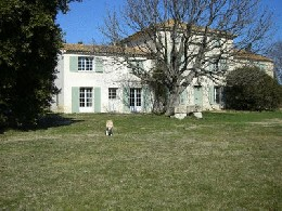 Arles -    1 badkamer