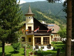 House in Gnesau for   10 •   animals accepted (dog, pet...)   #25700