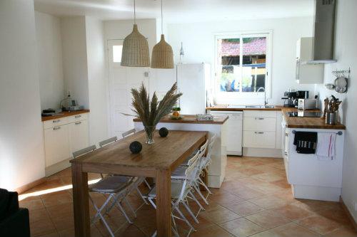 appartement hy res giens louer pour 6 personnes location n 26042. Black Bedroom Furniture Sets. Home Design Ideas