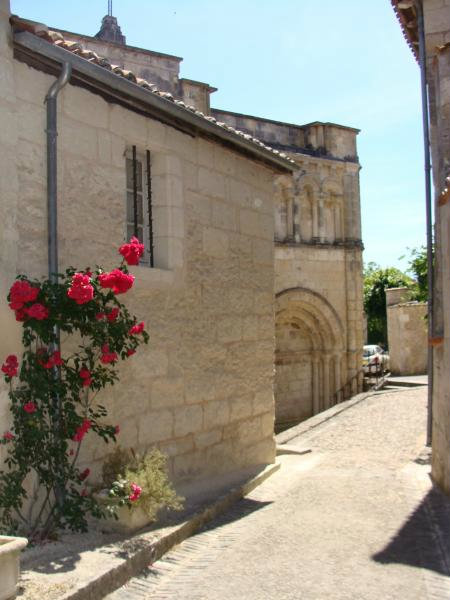 House in Aubeterre-sur-Dronne - Vacation, holiday rental ad # 26418 Picture #7